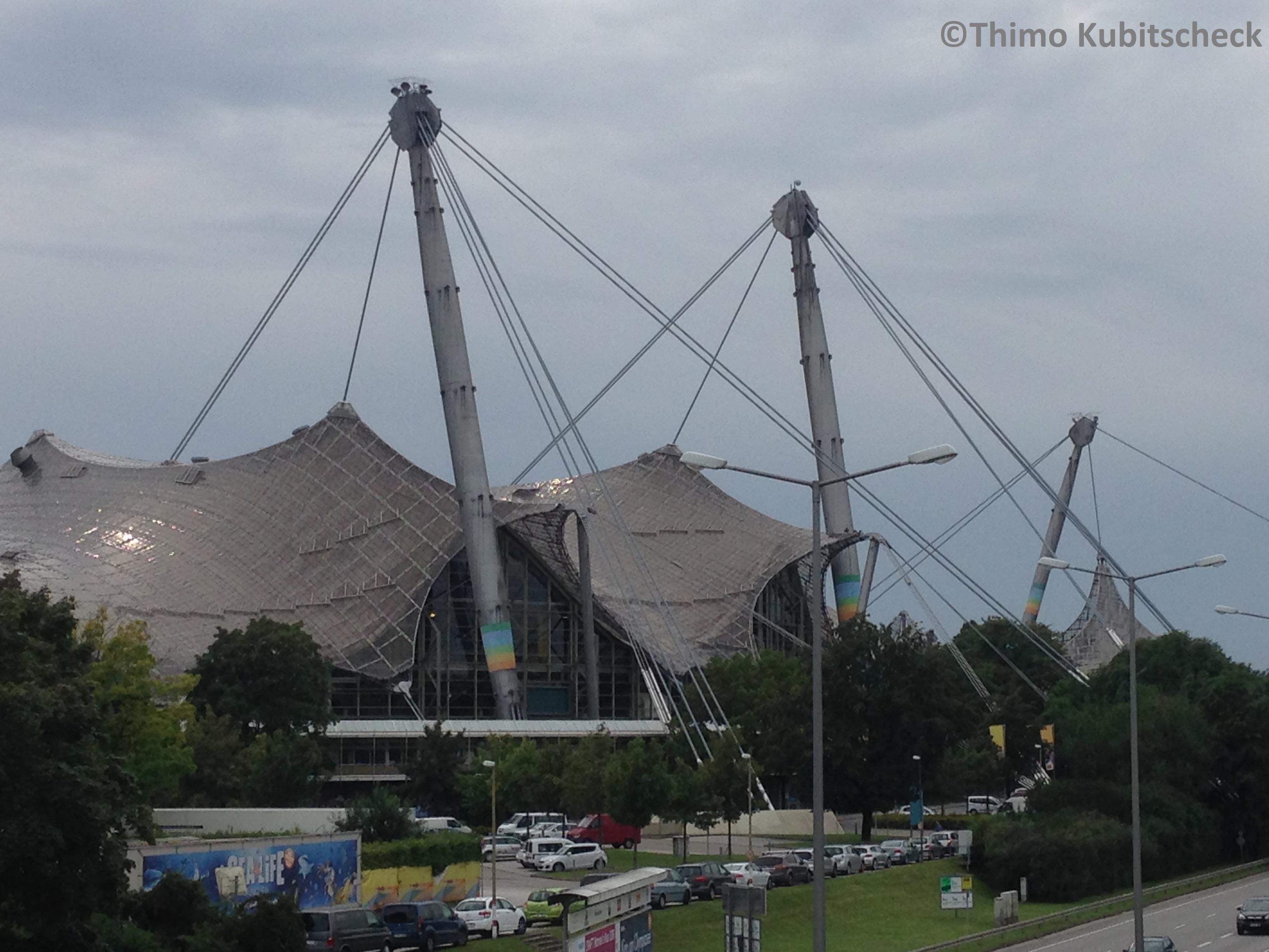 Das Zeltdach, hier über der Olympiahalle
