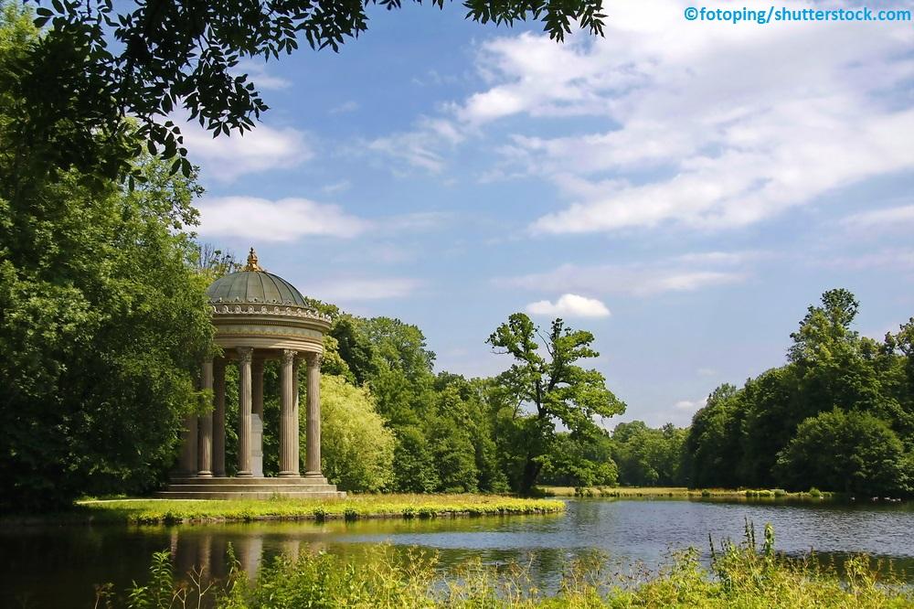 Ein Einblick in den Schlosspark von Schloss Nymphenburg